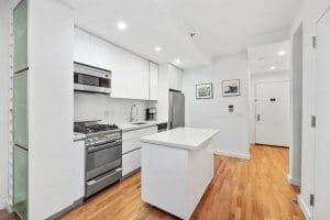 Studio Aprtment kitchen in Kips Bay